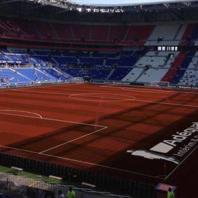 Derby OL-ASSE: l'écran du Groupama Stadium piraté par un sponsor !