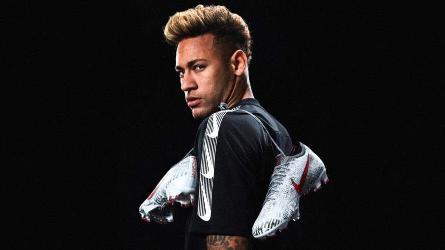 Nouvelles chaussures de Neymar